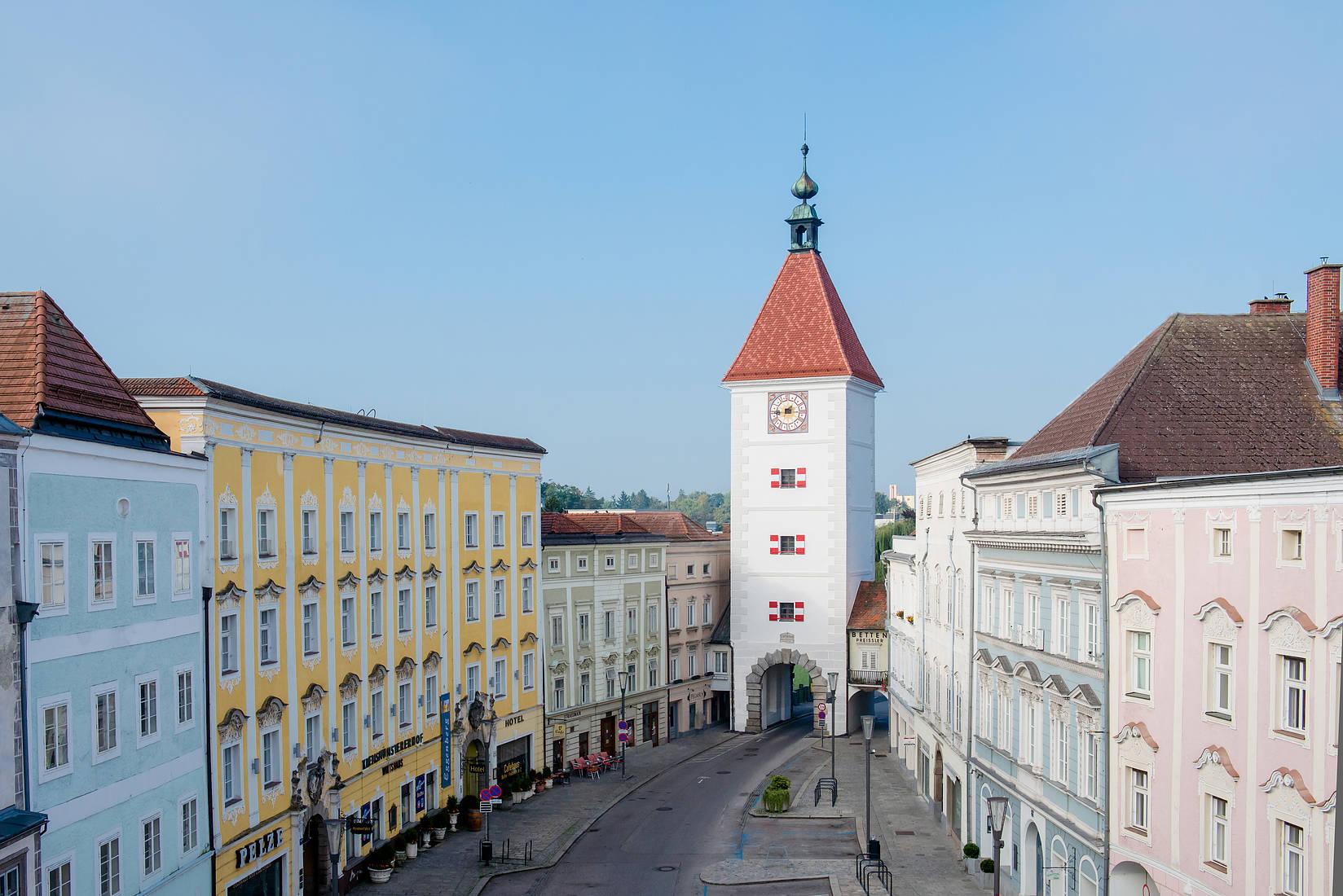 Chuyển phát nhanh đến Wels ( Áo)