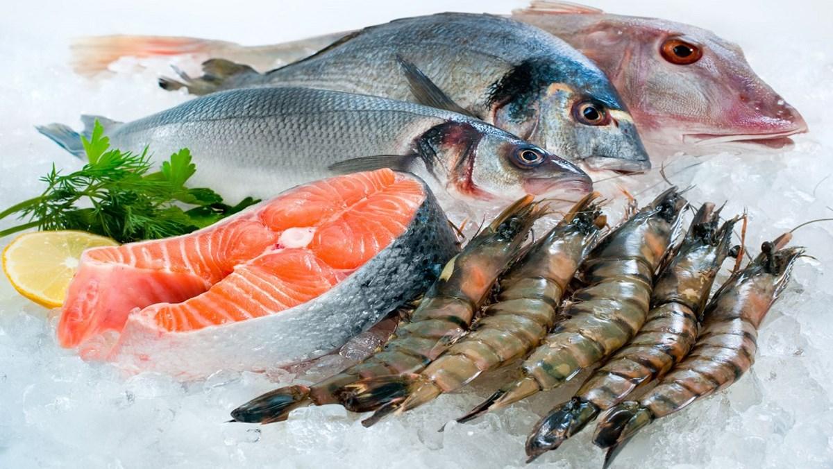 Cách bảo quản hải sản đi xa giữ độ tươi ngon lâu nhất